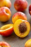 Pêssegos maduros doces imagem de stock royalty free