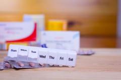 Píldoras de la prescripción y medicación farmacéutica Foto de archivo libre de regalías