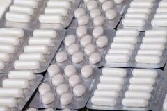 Píldoras del antibiótico de la tableta de la medicina Imágenes de archivo libres de regalías