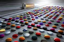 Píldoras medicinales coloridas Fotos de archivo libres de regalías