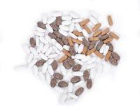 Píldoras naturales del suplemento de la vitamina Imagen de archivo libre de regalías