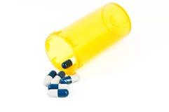 Píldoras y botella de píldora Imagenes de archivo