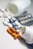 Píldoras y tablillas Imagenes de archivo