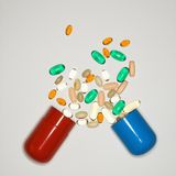 Píldoras y vitaminas. Imagen de archivo