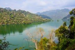 Półdupka Bá' ƒ jezioro jest wielkim naturalnym jeziorem w Wietnam Obrazy Royalty Free