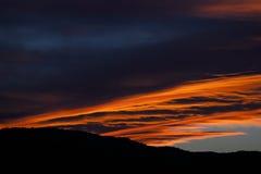 Półmrok chmury i niebo obraz stock