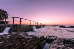 Północ kędzioru kędzioru plaża przed wschodem słońca Obraz Stock
