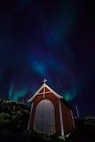 Północni światła nad małą kaplicą w Nuuk, Greenland Obraz Stock