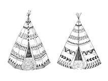 Północnoamerykański Indiański tipi z plemiennym ornamentem Obraz Stock