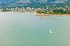 Północny Vancouver i Vancouver schronienia widok z lotu ptaka zdjęcia royalty free