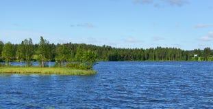 Północny zimny jezioro Obrazy Royalty Free