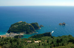 Półwysep z monastyr przy Corfu wyspą Fotografia Royalty Free