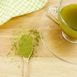 Pó japonês do chá verde do matcha na colher Foto de Stock Royalty Free
