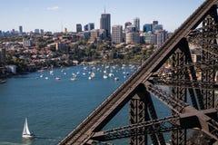 Północny Sydney od schronienie mosta fotografia royalty free