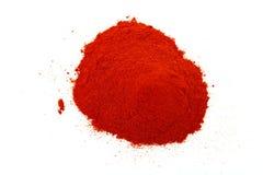 Pó vermelho no branco Fotos de Stock Royalty Free