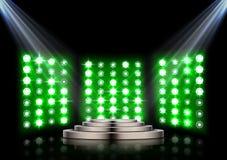 Pódio da fase com os projetores no fundo escuro Imagem de Stock Royalty Free