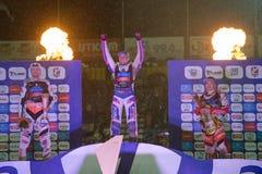 Pódio da raça Celebrações dos cavaleiros Da esquerda - Joonas Kylmaekorpi, Grigorij Laguta, Emil Saifutdinov Foto de Stock Royalty Free