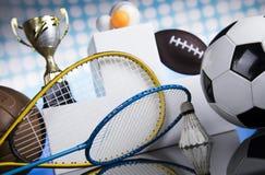 Pódio do esporte, copos da concessão dos vencedores Fotografia de Stock Royalty Free