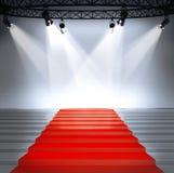 Pódio vazio iluminado da fase imagem de stock royalty free