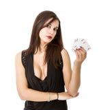 Póker atractivo del juego de la mujer con los as imagen de archivo