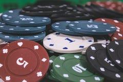Póker Chips Multi Color Imagen de archivo libre de regalías