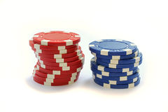 Póker colorido Chips Isolated On White Imagen de archivo libre de regalías