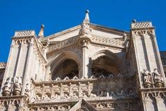 Pórtico de la puerta del perdón, catedral de Toledo imagenes de archivo