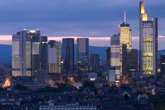 Pôr-do-sol do arranha-céus Foto de Stock