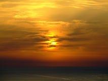 Pôr-do-sol do mar Fotos de Stock