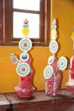 Põe manteiga lâmpadas no monastério de Phodong, Gangtok, Sikkim, Índia Imagens de Stock