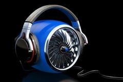 Põe o conceito da música, turbina azul com fones de ouvido rendição 3d Fotografia de Stock
