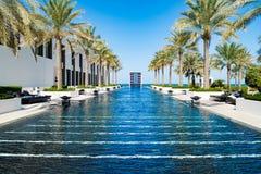 Pöl av hotellet Chedien, Muscat som är omansk arkivfoton