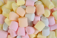 Pösiga marshmallower Arkivbild