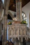 Púlpito aumentado da grande igreja Fotografia de Stock