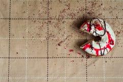 Pączek z dżemem nawadniał białą czekoladę Ciemna czekolada, dojny cho Zdjęcie Stock