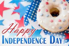 Pączek z gwiazdową dekoracją na dniu niepodległości zdjęcie royalty free