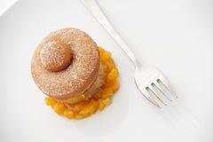 Pączka deser z Pomarańczowy Marmoladowym Obrazy Royalty Free