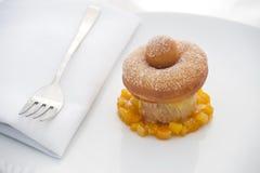 Pączka deser z Pomarańczowy Marmoladowym Obrazy Stock