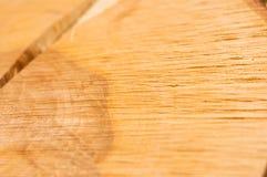 Pęka na drzewnym fiszorku, drewniana tekstura fotografia stock
