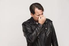 Płacz i nieszczęśliwy pojęcie Depresja mężczyzna histerycy i płacz zdjęcia royalty free