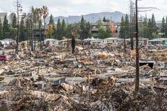 Płakać w Viewfinder: Jeden miesiąc Po 2017 Sonoma Coun zdjęcia stock