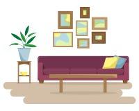 Płaska wektorowa ilustracja z kanapą i obrazki na ścianie Zdjęcia Royalty Free