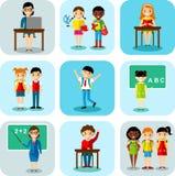 Płaski projekta uczenie pojęcie dla edukaci z dziecko w wieku szkolnym, nauczyciele Fotografia Royalty Free