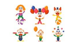 Płaski wektorowy ustawiający śmieszni błazeny w akcjach Kreskówka cyrkowi artyści pokazuje różnych występy royalty ilustracja
