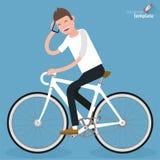 Płaskie projekt młode kobiety jedzie bicykl Obrazy Royalty Free