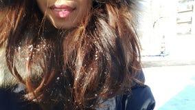 Płatki śniegu na jej włosy Obraz Stock
