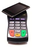 Płatniczy terminal i telefon komórkowy z NFC technologią zdjęcie stock