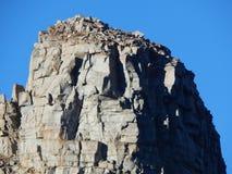 Płatowate skały w Tioga przepustce obraz stock