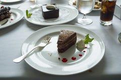 Płatowaty czekoladowy tort zdjęcia stock