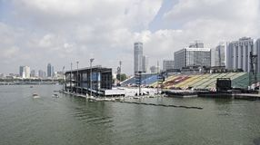 Pławik przy Marina zatoką fotografia stock
